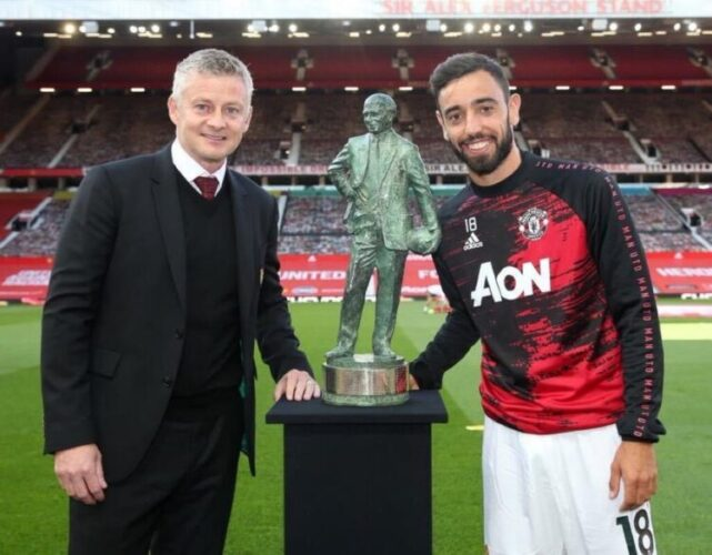 Bruno Fernandes wins Manchester United Best Player of the Year Award